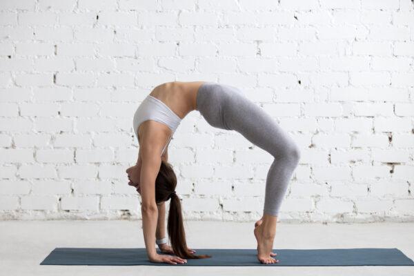 Йога – проверенный веками инструмент для снятия стресса